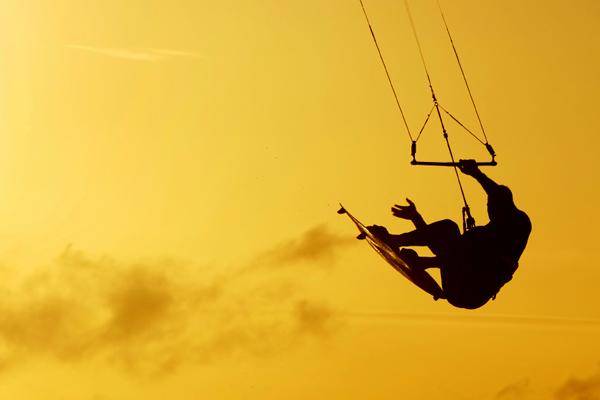 blog_fotka-do-clanku_kite-surfing_02_600x400